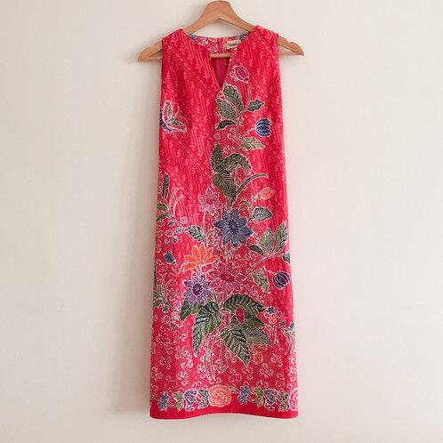 Sleeveless Knee Length Dress - Size M