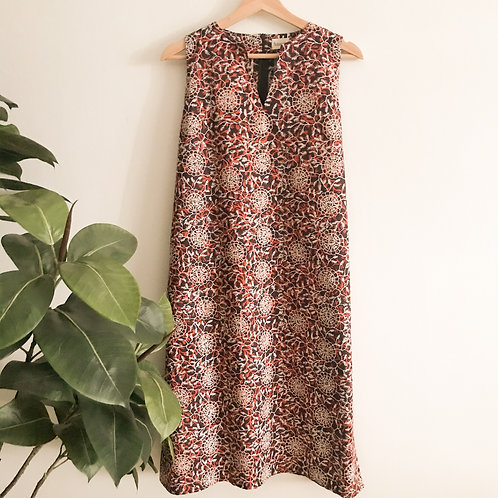 Sleeveless Knee Length Dress - Size L