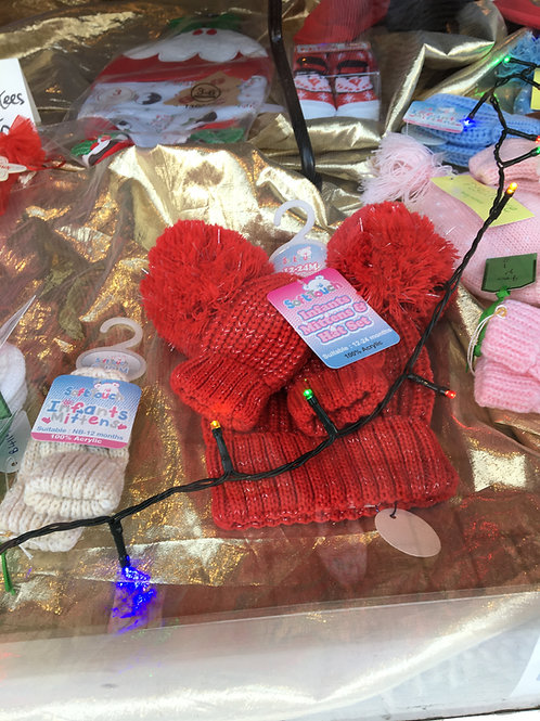 Red/Glittery Hat & Mitts