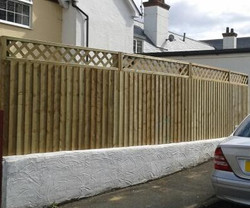 diamond trellis fence