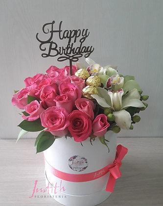T2- Caja rosas, orquídeas, topper y chocolates