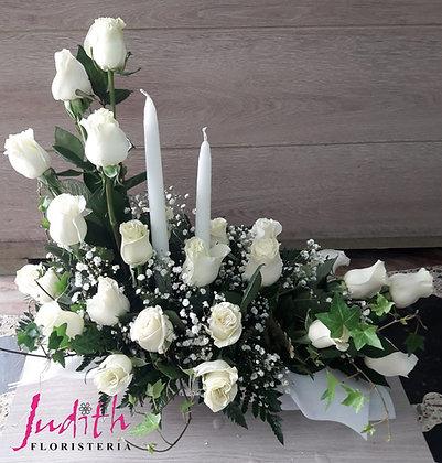 F17- Rosas en L con velas
