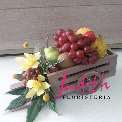 T6- Carretilla de flores y frutas