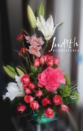 T49- Nudos de Rosas, lirios y orquídeas