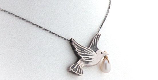 Dove necklace - Silver