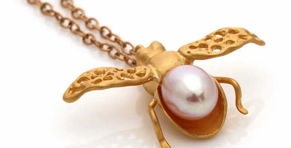 Honey Bee Necklace -Gold