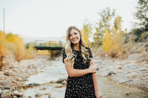 Fall Senior Portrait Session.   Kenzie Mae Photography   Cedar City Portrait Photographer
