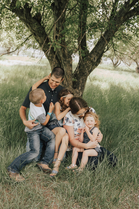 Family Portrait Photographer   Kenzie Mae Photography   Cedar City Family Photographer   Cedar City Utah