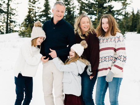 Winter Wonderland Family Pictures | Brian Head Photographer | Utah Family Photographer