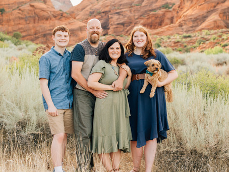 Red Rock Family Photos | Romeril Family | St. George Photographer