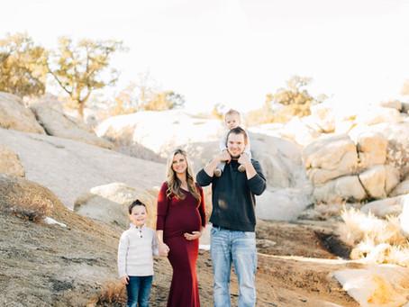 Maternity Photos | Hanks Family