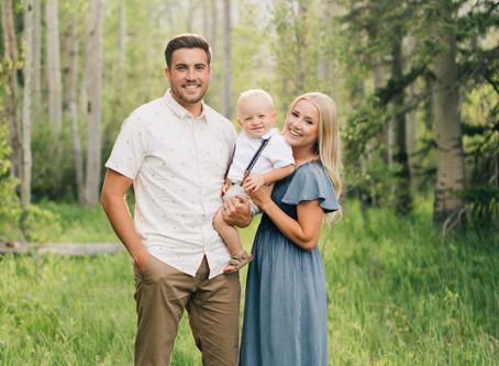 Posing for a family of 3 | Staheli Family | Utah Family Photographer | Mini Session