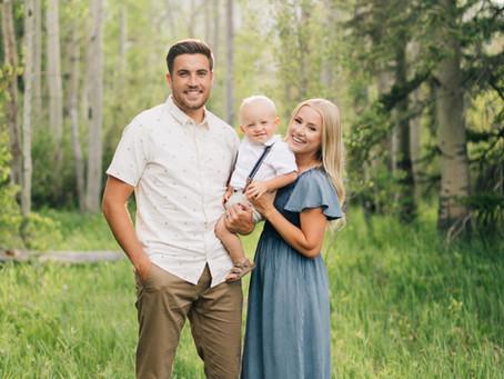 Posing for a family of 3   Staheli Family   Utah Family Photographer   Mini Session