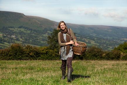 Liz Knight, Forager, Forage Fine Foods, foraging, country skills, rural crafts, rural skills, wild food, harvest, nature, natural food