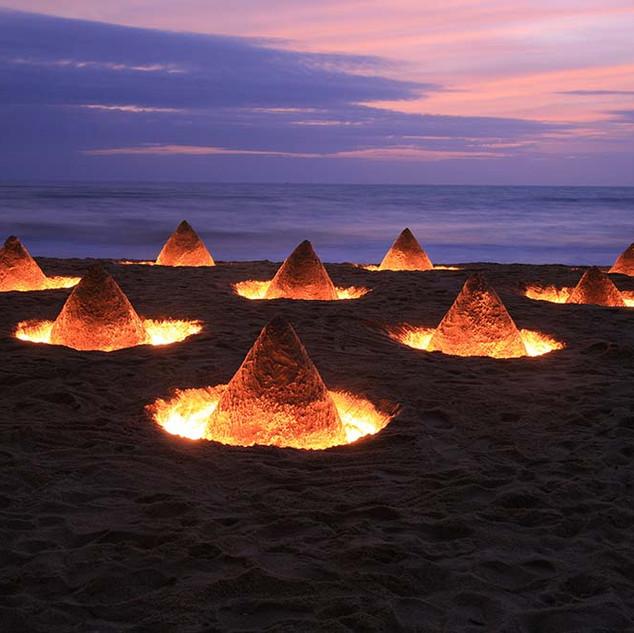 Cones (2006)