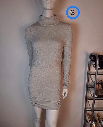 Robe gris argenté S