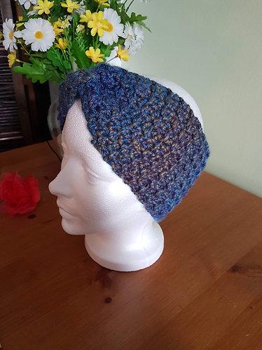 Bandeau bleu au crochet