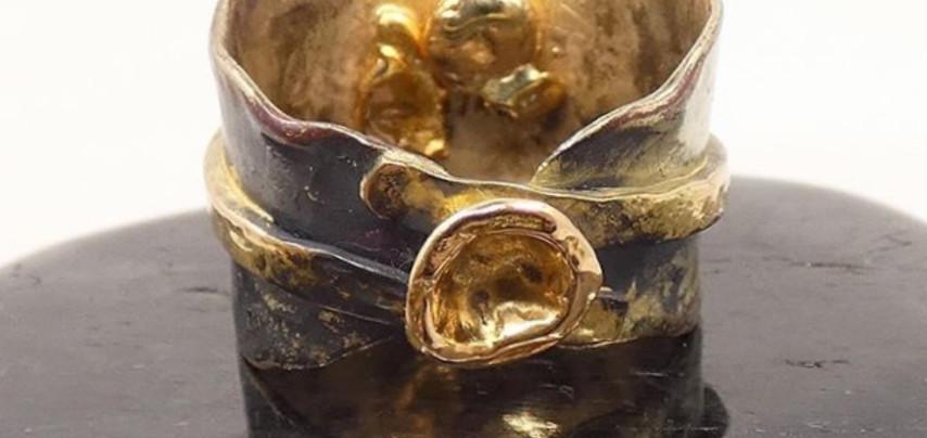 Honouring Grandmother - Mixed carat gold