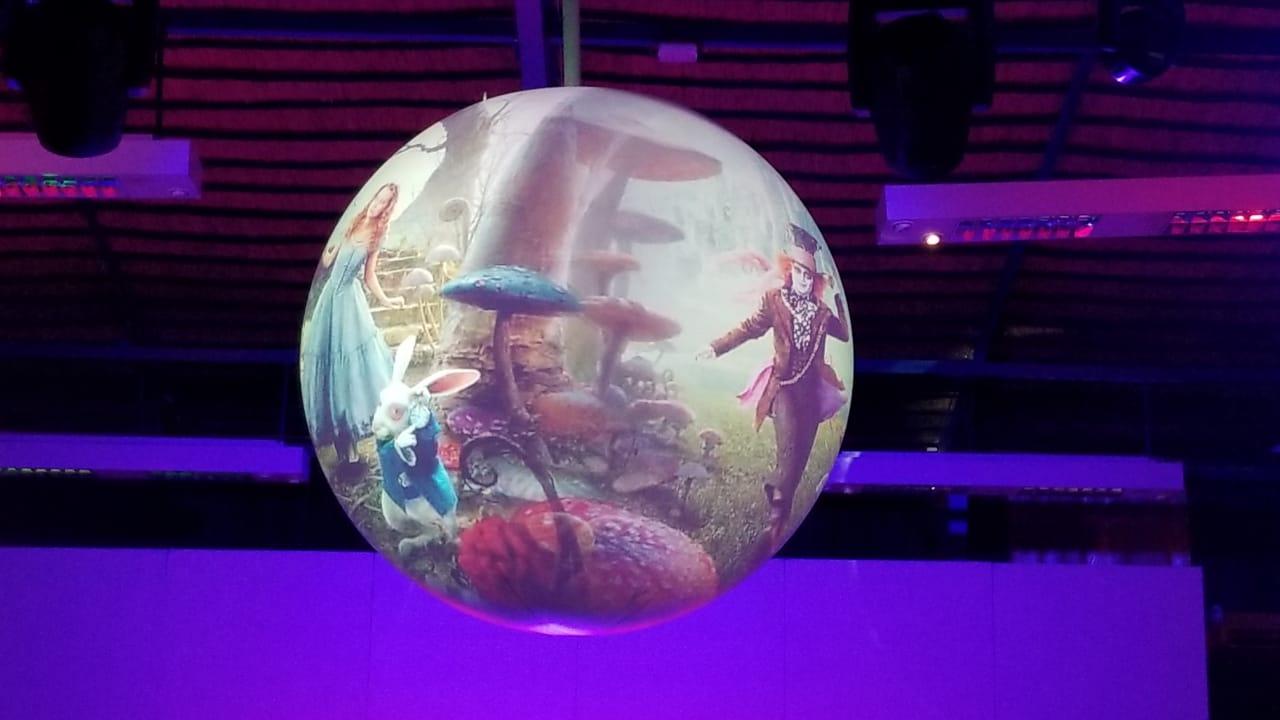 2m Sphere Sample