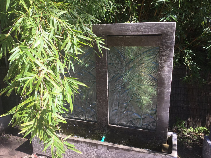 Double Panel Glass Insert Water Feature
