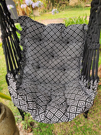 Patterned Rope Chair Swing