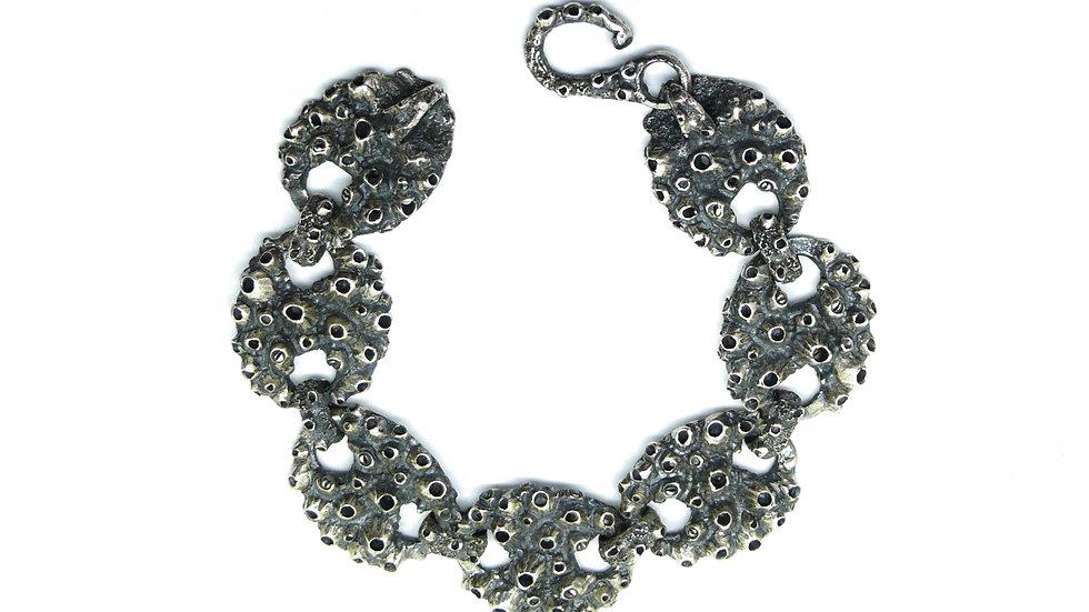 Barnacles mariner chain bracelet