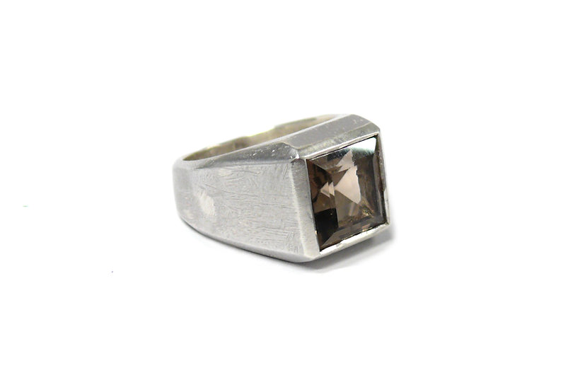 square ring smoky quartz