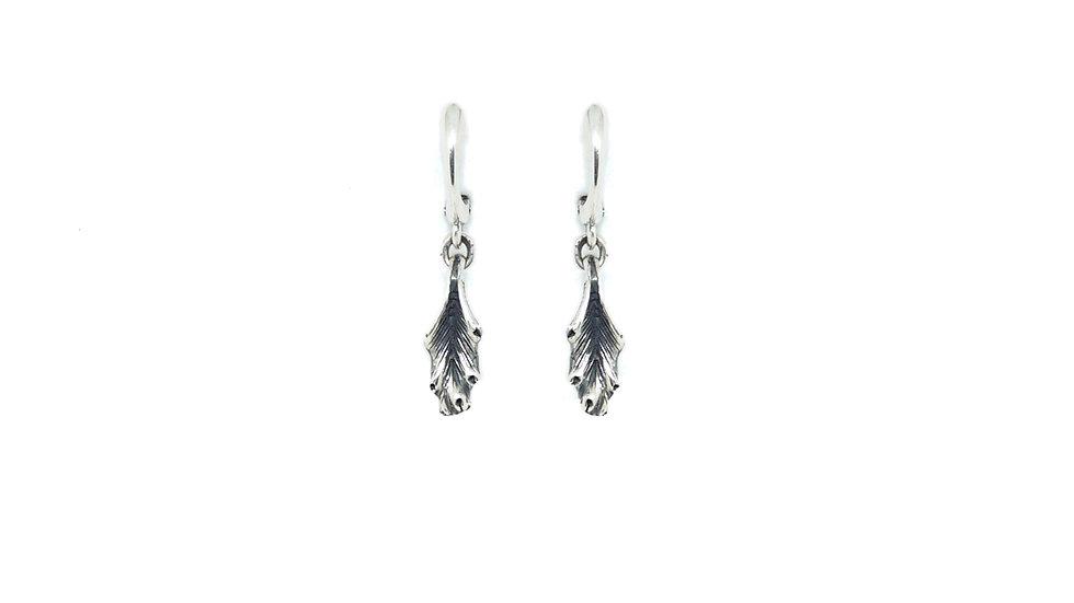 Acanthus drop earring (single piece)