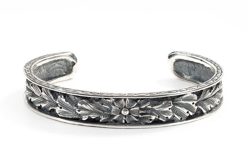 Acanthus bangle bracelet