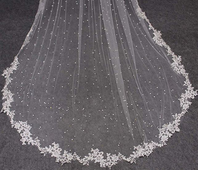 Pearl Wedding Veil With Lace Appliques