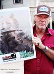 Robert Taylor and Longmire cast members support bears