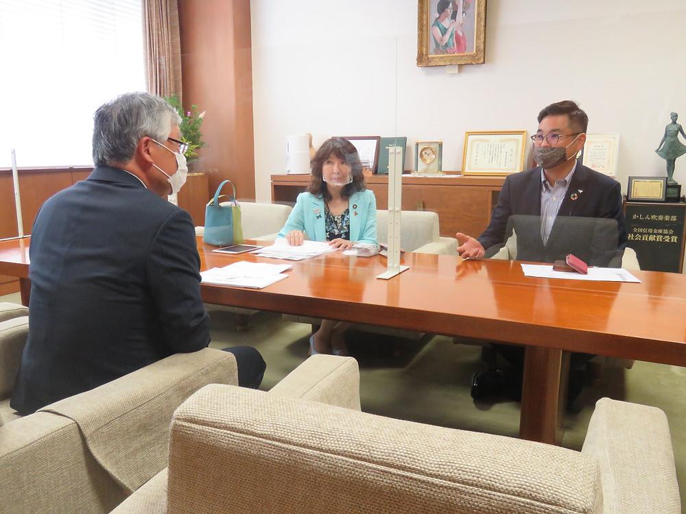 ふるさと創生支部長として片山前地方担当大臣と関係各所を訪問