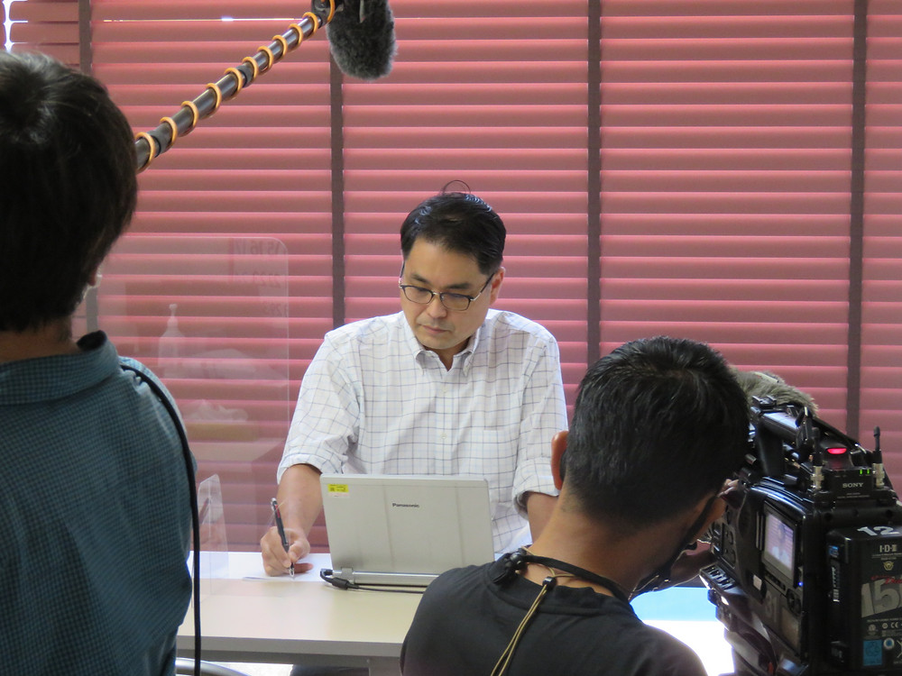 やすおか宏武 地元テレビ局の取材が入りました