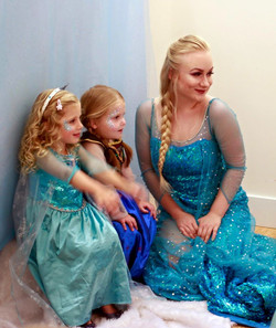 Elsa and 2 little Princesses