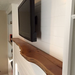 Live Edge Mantle