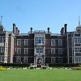 Charlton-House-London1_2_hgfnyw.jpg