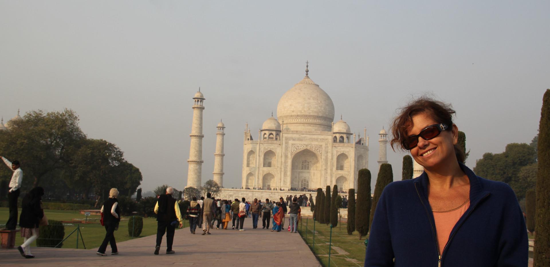 Agra, 2011