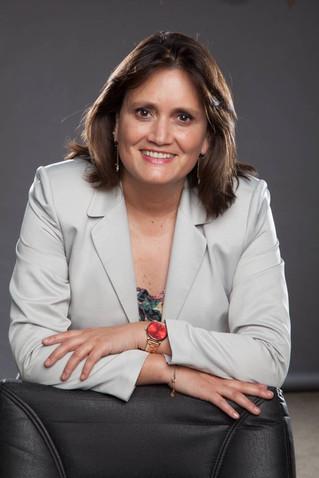 LAURA ALBORNOZ Y LA NO-PRIMARIA DE LA CENTRO-IZQUIERDA