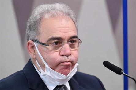 A arma biológica de Bolsonaro: o ministro da Saúde