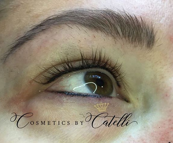"""Top and bottom permanent eyeliner  so perfect!! ✨ No more """"raccoon eye"""" No more smudged eyeliner! Permanent eyeliner takes away from the dai"""