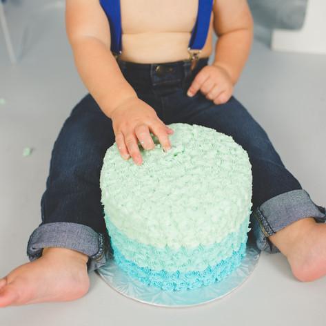 Toronto Cake Smash Photographer