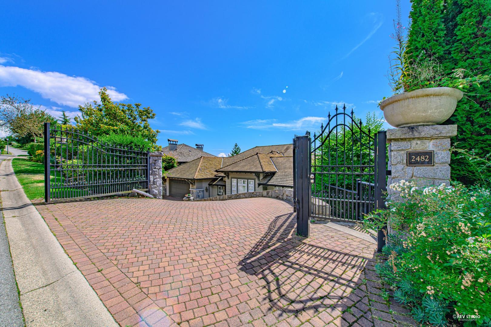 2482 Hudson Court Whitby Estates