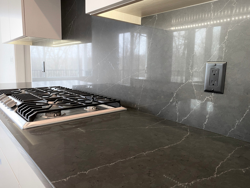7907 Kitchen 5.jpg