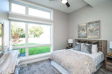 7868 bedroom.jpg