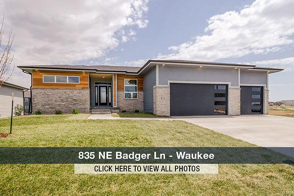835 NE Badger Ln.jpg