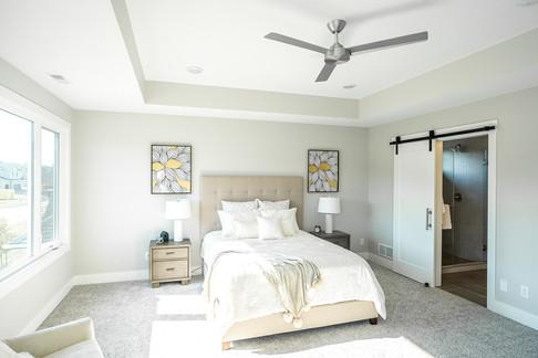 1484 Living Room-3.jpg