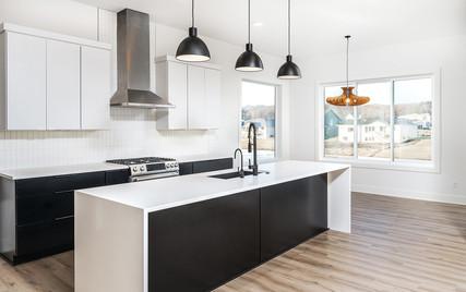 1183 Kitchen.jpg