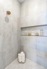 7868 Master Bath 5.jpg
