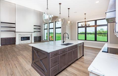 3661 Kitchen.jpg