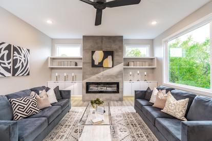 7868 livingroom.jpg